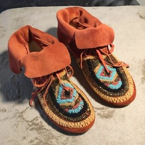HOUSE OF HARLOW moccasins
